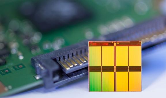 便宜大碗的QLC SSD爆发:越来越受企业和消费者欢迎