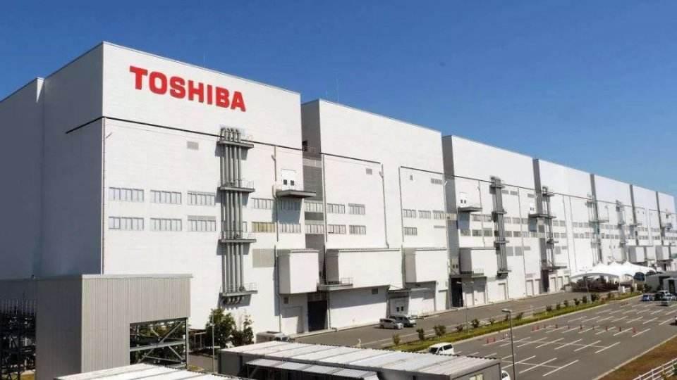 东芝计划电源管理芯片增产50%;瑞萨电子明年调涨模拟和电源产品价格